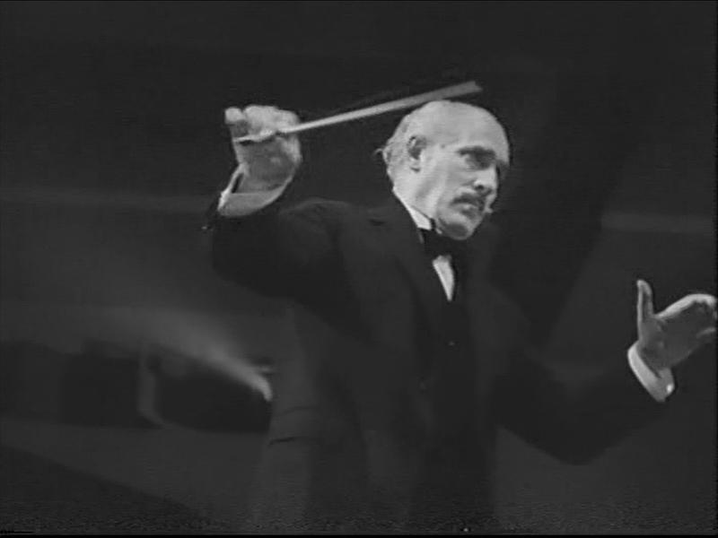 Hymn_of_the_Nations_1944_OWI_film_(07_Arturo_Toscanini_conducting_Verdi's_La_Forza_del_Destino_07)